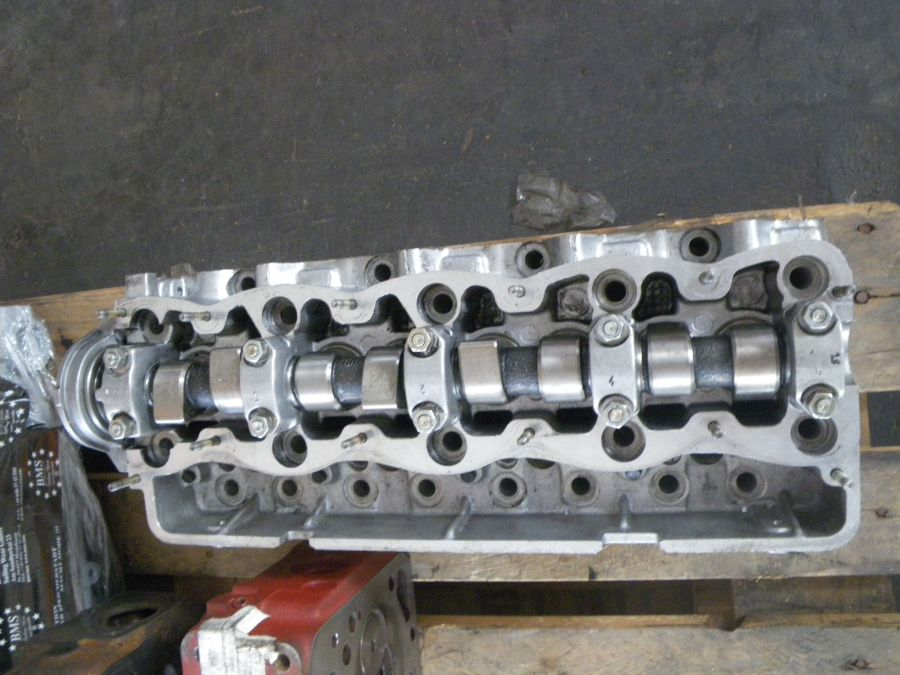 cylinder head Daily 2,5TD with camshaft, refittet, Nr. 7450307